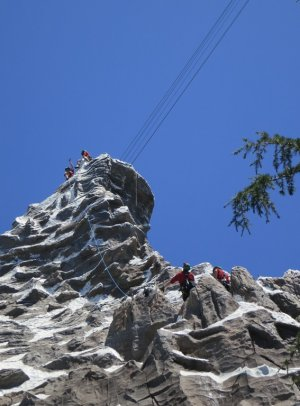 Climbers on the Matterhorn, around some happy looking Tinkerbell lines