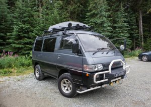 The not-for-America Mitsubishi Delica 4WD Van