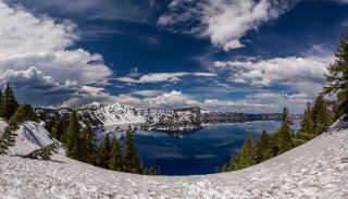 A semi-snowy Crater Lake